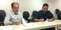 Comerciários assinam acordo de PLR com a Riachuelo