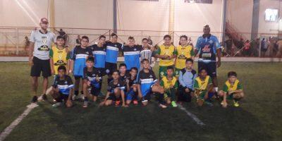 imagem - Jogos amistosos de futsal incentivam a prática de esporte entre as crianças