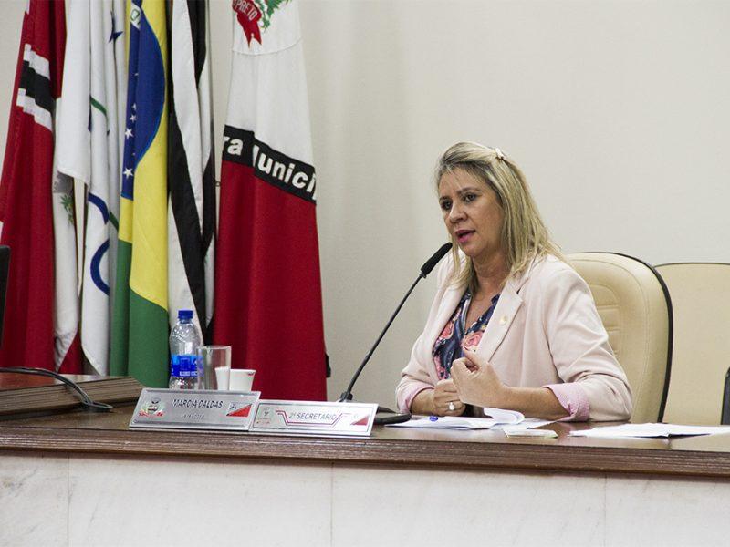 Vereadora Márcia Caldas tem projeto aprovado e se sancionado, comerciários poderão usufruir do feriado da Consciência Negra