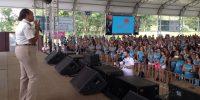 """Mais de duas mil mulheres participam do evento """"Mulher valorizada, comerciária fortalecida"""" em Avaré"""