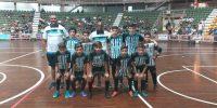 Escolinha de Futsal do Sincomerciários participa do jogo de exibição do craque Falcão em Rio Preto
