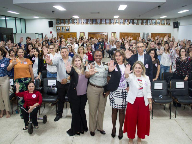 Agosto Lilás traz palestrantes em noite de conscientização na OAB