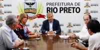 Motta pede que projeto exclua horário livre no comércio de Rio Preto