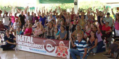 imagem - Sincomerciários realiza ação de Natal no Lar Esperança