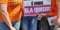 Caminhada pelo fim da violência contra a mulher reúne 300 participantes em Rio Preto