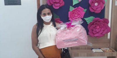 imagem - Sindicato beneficia 68 mamães comerciárias com o kit bebê