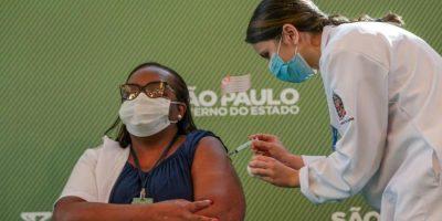 imagem - SP continua vacinação hoje, com 30 mil profissionais de saúde do HC